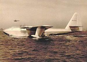 Spruce_Goose_H-4_Hercules_2